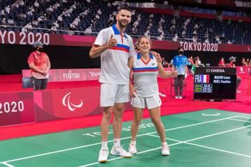 Lucas Mazur et Faustine Noël, para badminton